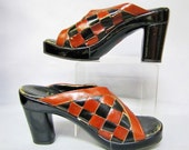 Mod CHECKERBOARD, Vintage 70's LEATHER and Wood PLATFORMS, Women's Shoes Size 10 N