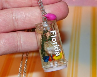 Kitschy Florida Seashell Necklace