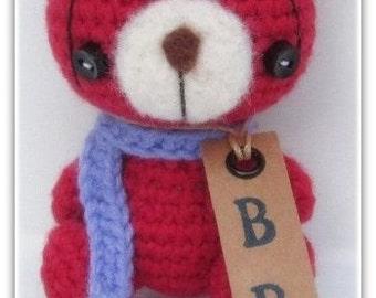 Crochet bear amigurumi miniature