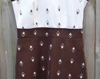 Vintage Size 14 Plus Size Dress Brown Cream