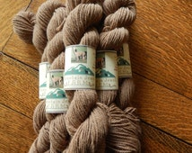 Alpaca Yarn Worsted Weight Natural Fawn Baby Soft 100 yard Skeins Knitting Crochet Projects
