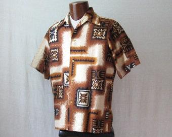 Hawaiian Shirt Mens 60s Shirt Barkcloth Tiki Shirt Tropical Shirt M to L