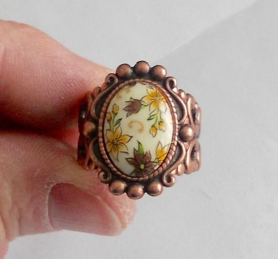 osO ALLEGRO Oso flowery brass ring