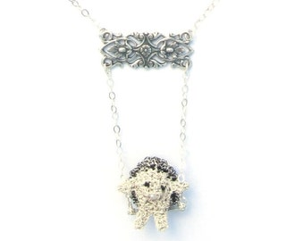 hedgehog on a swing necklace - hedgehog jewelry, animal necklace, swing necklace, miniature hedgehog, mini crochet