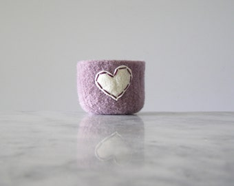 felted wool bowl  -  pale lavender wool with off white eco felt heart - ring holder, anniversary gift - ring bowl - romantic