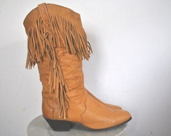 Fringe Brown Leather Boots / DINGO / size 6 1/2