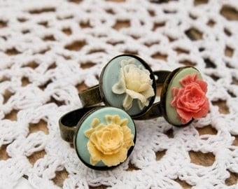 Vintage Flower Ring- Shabby Chic Ring- Peony Ring- Flower Ring- Pink Flower Ring- Bridal Party Gift- Maid of Honor Gift- Vintage Ring