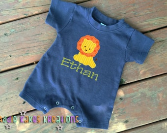 Personalized Baby Short Sleeve Creeper with Lion Design / One Piece Romper