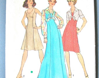 Simplicity 6761 1970s princess seamed dress with back zipper has low round neckline Unlined Jacket 1970s Vintage Sewing Pattern   Bust 36
