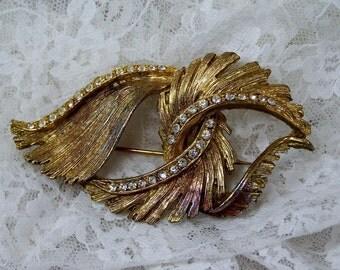 Vintage Rhinestone Brooch, Gold Pin , Elegant Clear Rhinestone Jewelry, Abstract Leaf Pin, Antique Estate Treasures, Wedding Bridal Bouquet