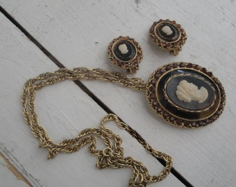 Vintage Cameo Brooch necklace and Earring Set