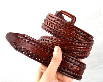 Vintage Mexican Tooled Leather Belt - Size 38