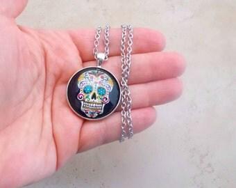 Sugar Skull Necklace, Black Sugar Skull Pendant, Sugar Skull Jewelry, 18 inch Necklace, Day of the Dead Jewelry, Dia De Los Muertos,