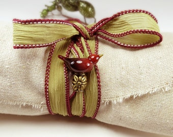 Red bird bracelet, Green silk wrap bracelet with red bird, art glass redbird, hand dyed ribbon