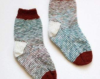 Red Fox Hand-Knit Women's Socks Size 7.5 - 8 - 8.5