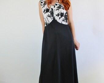 Vintage 70s Black and White Sleeveless Maxi Dress