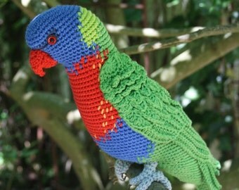 Amigurumi Rainbow Lorikeet- crochet pattern, PDF
