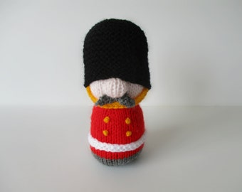 Sergeant Major Busby toy soldier knitting patterns