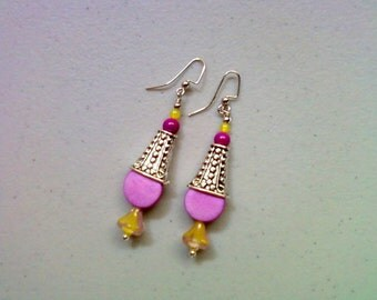Vivid Lavender and Yellow Earrings (1906)