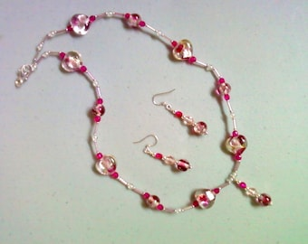 Fuschia, Pink and Crystal Necklace and Earrings (0193)