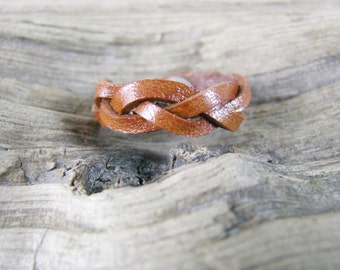 Mystery Braided  Leather Ring - Tan Leather Ring - Ring Band - Leather Jewelry - Unisex Leather Ring
