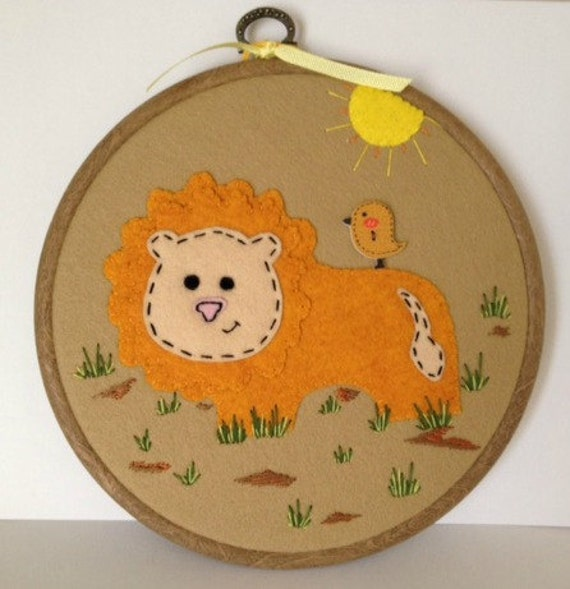 Lion Felt Hoop Art Cute bird button Nursery Jungle