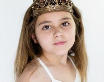 Crown photography prop, vintage crown, star crown, tiara
