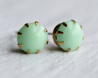 Mint Green Earrings ... Vintage Stud Post Glass