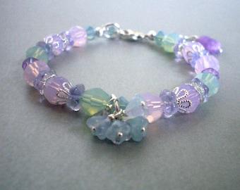 Pastel crystal bead bracelet, lilac mint colors, glass flower dangles, Austrian crystal, Spring bracelet, pastel jewelry, crystal jewelry
