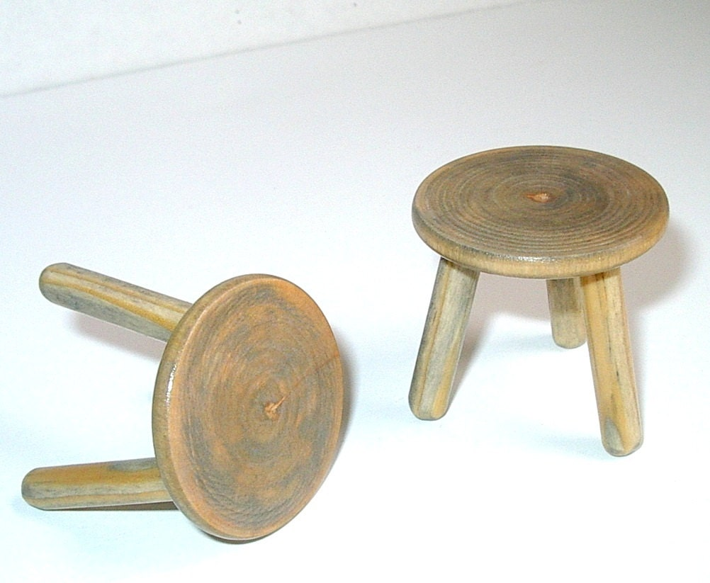 Weathered 3 Legged Stools Set Of Two Dollhouse Miniatures