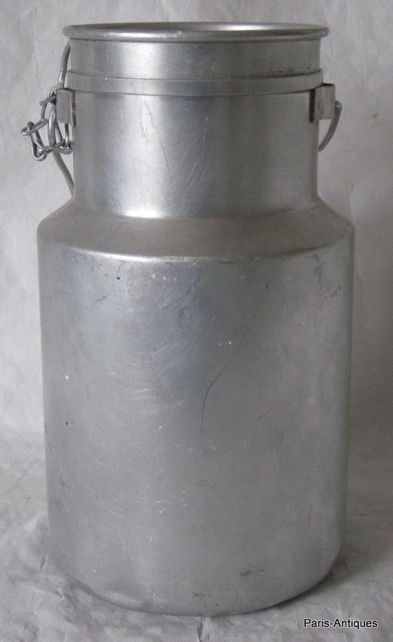 vintage french milk can pot churn pot a lait aluminium. Black Bedroom Furniture Sets. Home Design Ideas