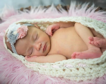 Crochet Baby Cocoon Pod - Photography Prop