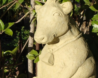 FAT BARNYARD COW Solid Stone, Outdoor Safe Garden Sculpture(v)