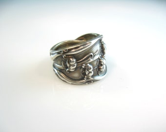Flower Spoon Ring. Wide Sterling Silver Lily of the Valley. Antique Flatware Whiting Manufacturing. Size 7.75 to 8. Statement Jewelry