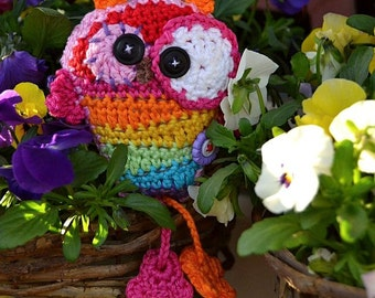 Crochet crazy rainbow owl hanger / pendant / ornament - crochet pattern, DIY