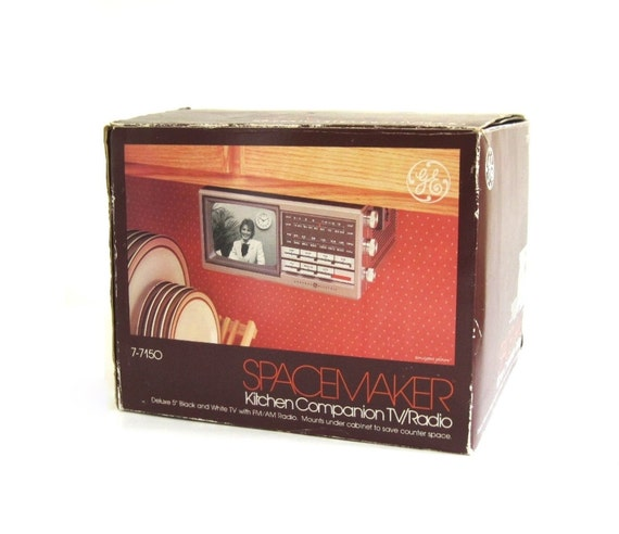 Radio Under Kitchen Cabinet: GE Spacemaker TV Radio Kitchen Companion 7-7150 Under Counter