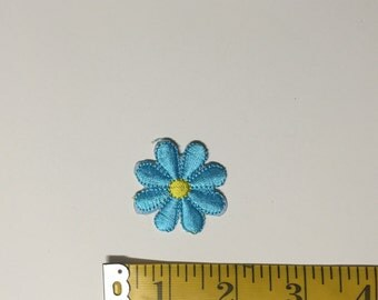 Blue daisy ONLY