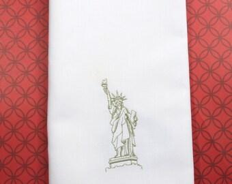 Statue of Liberty Embroidered Cloth Napkins / Set of 4/ American napkins, July 4th napkins, 4th of july cloth napkins, firework napkins