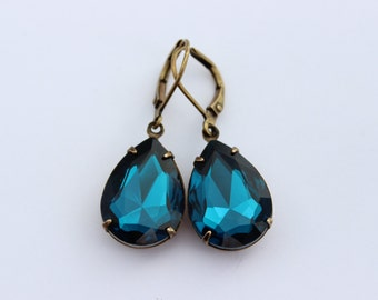 Dark Teal earrings, Blue earrings, aqua earrings, bridal earrings, bridesmaid earring, turquoise earring, blue earring, peacock blue T03