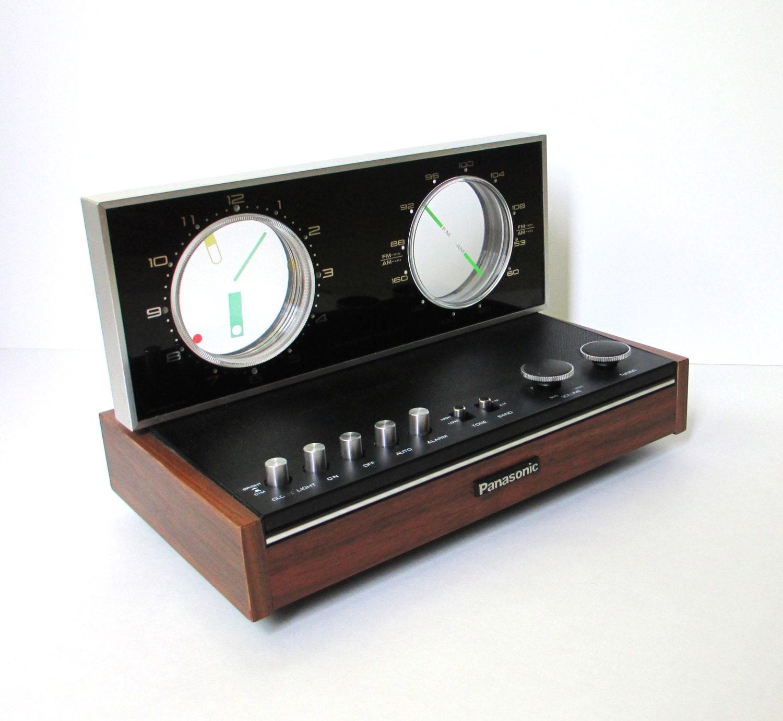 vintage alarm clock radio panasonic radio model rc 6500. Black Bedroom Furniture Sets. Home Design Ideas