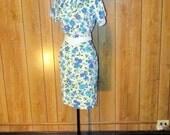 On Sale- Floral MAD MEN 1940's/50's WIGGLE Dress