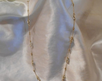 Avon Pearlized Cluster Necklace