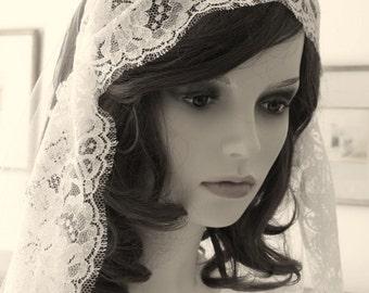 Chantilly lace cap veil - 1920s cap veil - Palais
