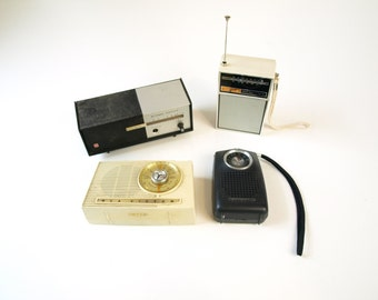 Lot of 4 vintage retro transistor radios from the 50s 60s and 70s