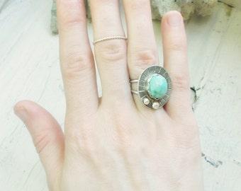 Cripple creek turquoise sterling silver shield ring, scalloped bezel, silversmith artisan statement jewelry, size 7