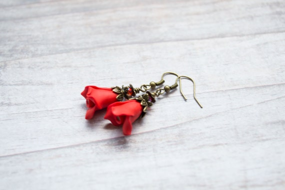 Red Rose Earrings. Vintage Inspired Polymer Clay Red Flower Earrings. Crystal Swarovski. Red Jewelry. Flower Jewelry