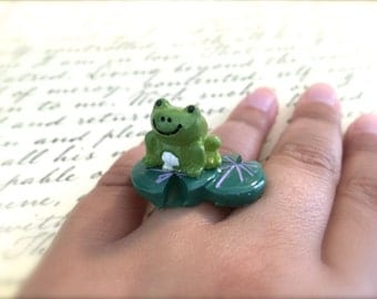 Happy Frog and Green Lily Pad Ring. Adjustable Silver Band. Garden. Pond. Nature Jewelry. Resin. Summer. Frog Love. Water Lilies. Under 20.