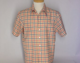 Vintage 70s Plaid polyester shirt, short sleeved, Size L