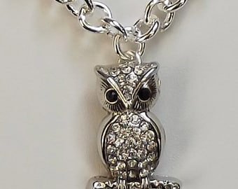 Owl Necklace / Owl Jewelry /Silver Owl Necklace / Rhinestone Owl Necklace / Silver Owl Necklace / Silver Owl Pendant / Animal Charm
