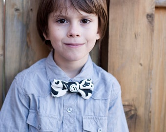 Black and White Bow Tie for Boys - Suzani - Boys Formal Bowtie - Pattern - Traditional Modern - Velcro - Wedding Accessory